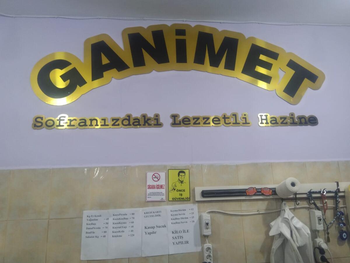 Ganimet Kasap ve Ocakbaşı